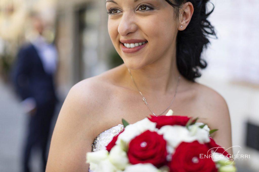 servizio fotgrafico matrimonio Firenze ritratto sposa, acconciatura ed abito